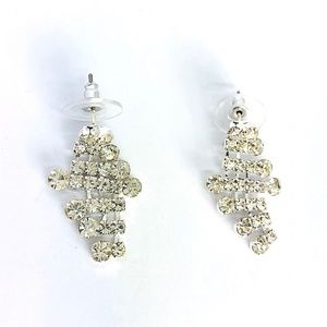 New! Glamorous Diamond Shape Statement Earrings
